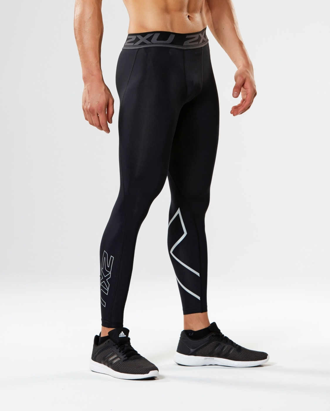 Тайтсы компрессионные 2XU Accelerate M - Black / Nero